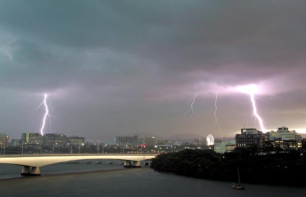 brisbane-lightning