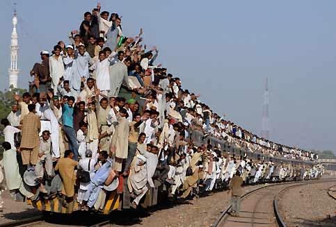 sunni-pilgrims-leaving-punjab