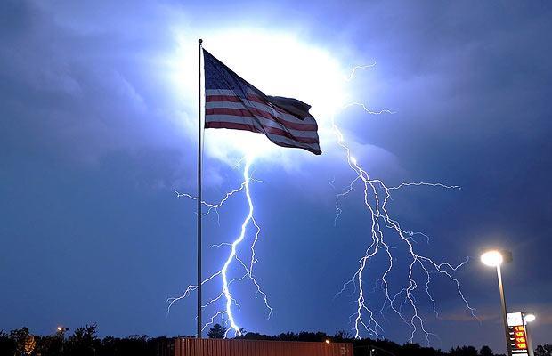 lightning-flag