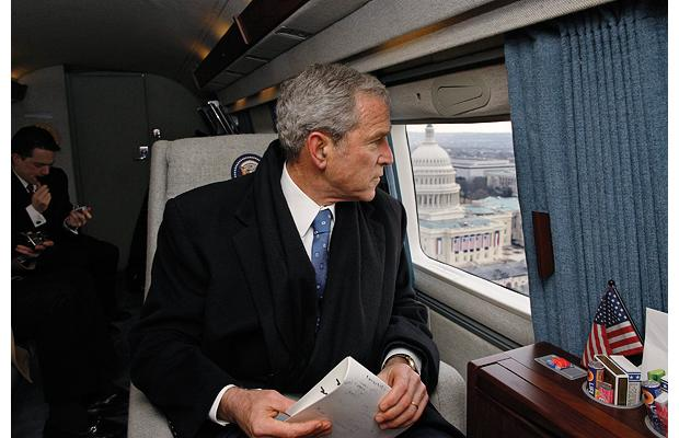1-bush-departs-dc-in-helicopter-on-inauguration-day