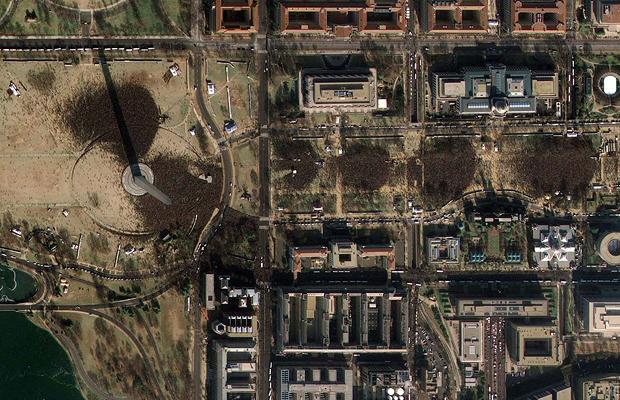 2-satellite-photo-of-inauguration-crowds