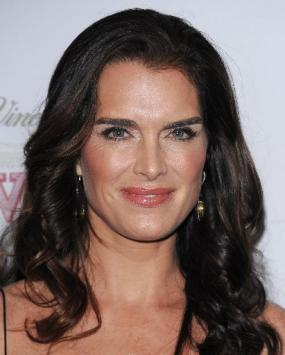 People_Brooke_Shields_NYET8285x355